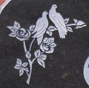 linnud-ja-roosid-valjaraides